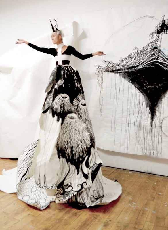 esolate paper queen, 2013 (performance piece, acrylic on papers and walls) - by Aleks Bartosik